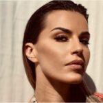 Τα ΑΝΟΙΓΜΑΤΑ της Χριστίνας Κολέτσα προκαλούν πολλαπλά ΕΓΚΕΦΑΛΙΚΑ! Έριξε το instagram!