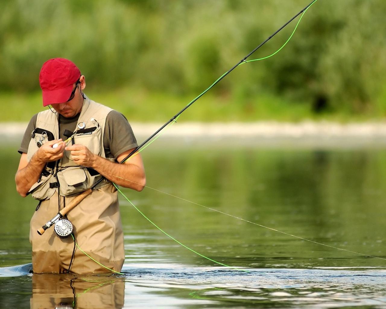ΑΝΕΚΔΟΤΟ: Είναι ένας ψαράς, ένας κυνηγός και τα παραμύθια! Επικό γέλιο