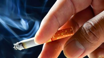 Έρευνα δείχνει ότι το κάπνισμα αυξάνει τον κίνδυνο θανατηφόρας εγκεφαλικής αιμορραγίας