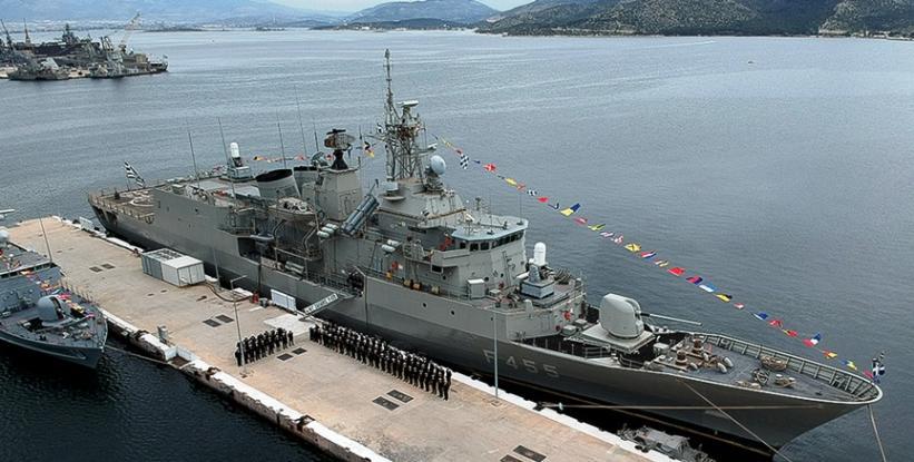 Πάνος Παναγιωτόπουλος Να παραχωρηθεί στη Γαλλία η ναυτική βάση της