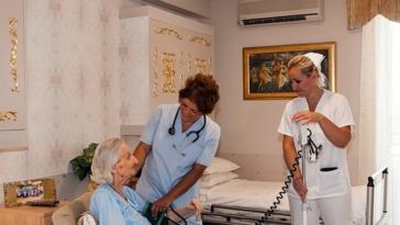 20 θετικά κρούσματα σε γηροκομείο στον Πειραιά
