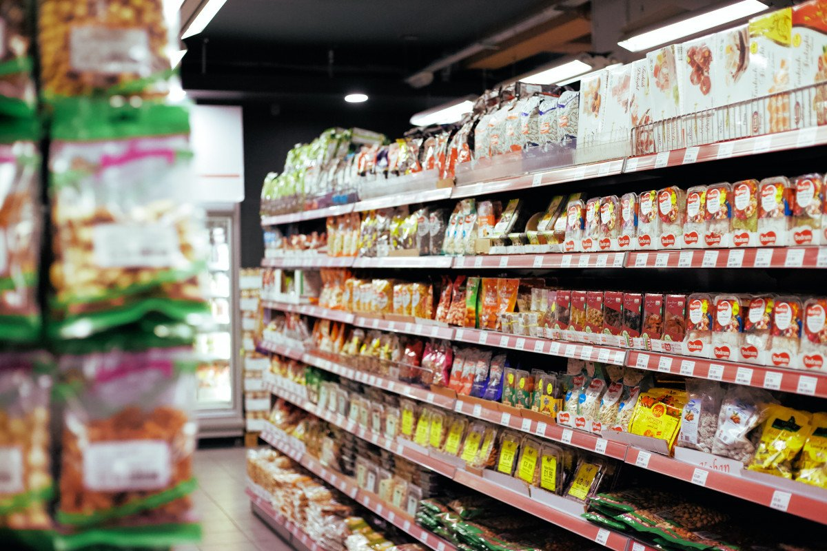ΣούπερΜάρκετ Σεισχύαποσήμεραηαπαγόρευσηπώλησηςδιαρκώναγαθών