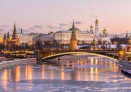 ΑΝΕΚΔΟΤΟ: Ο Γιώργος γράφει γράμμα απο την Ρωσία στον κολλητό! Επικό γέλιο