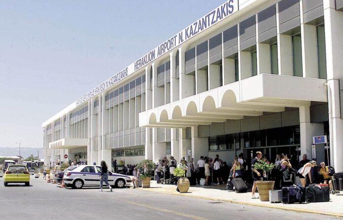 Κρήτη: Η αστυνομία συνέλαβε αλλοδαπή για πλαστογραφία ταξιδιωτικών εγγράφων