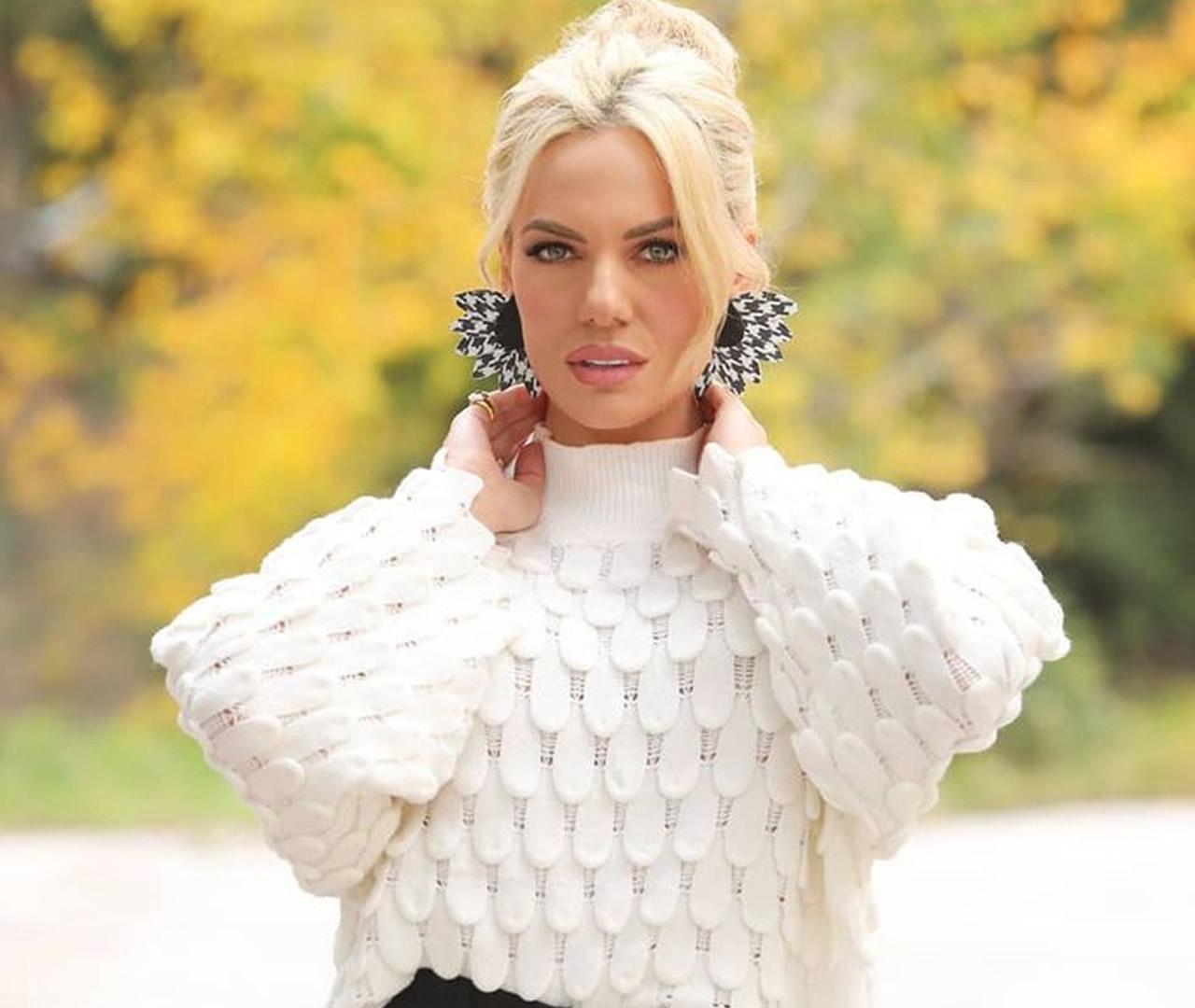 Ιωάννα Μαλέσκου: Θα τρελαθείς με την πιο εντυπωσιακή της εμφάνιση