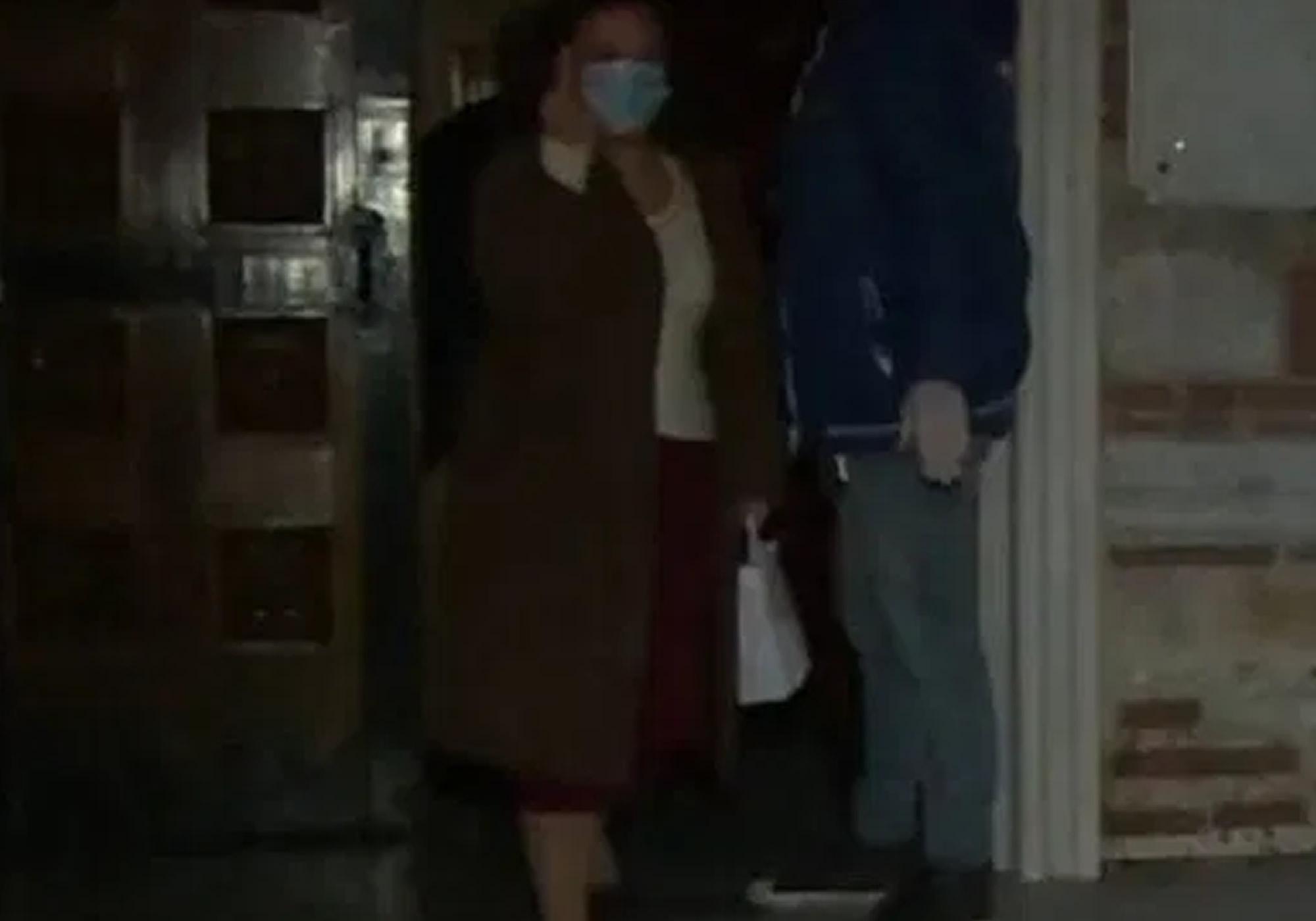 βίντεο με γυναίκα σε εκκλησία στην θεσσαλονικη