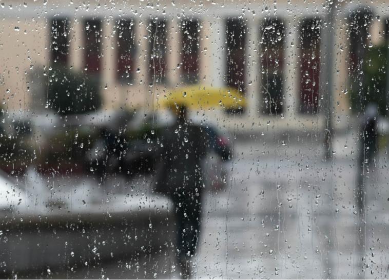 κακοκαιρία καταιγίδες και βροχές