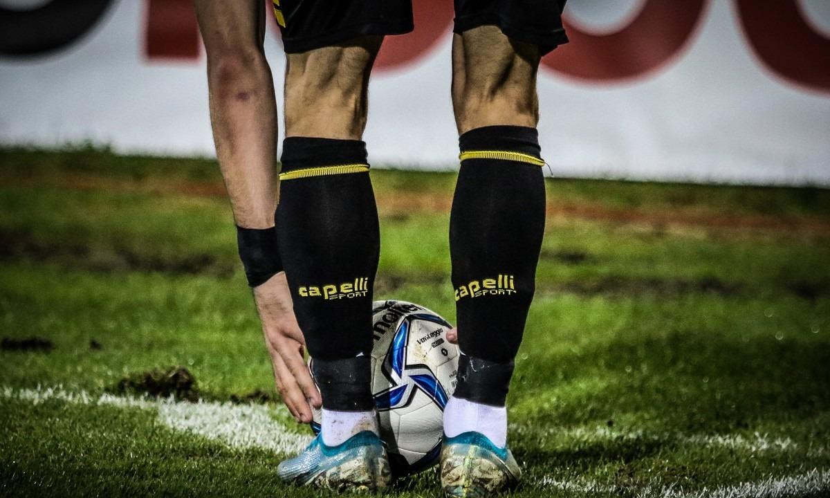 Ποδοσφαιριστής μεγάλης ομάδας της Superleague κατηγορείται για παρενόχληση